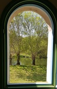 A travers la fenêtre belle vue sur l'Autise
